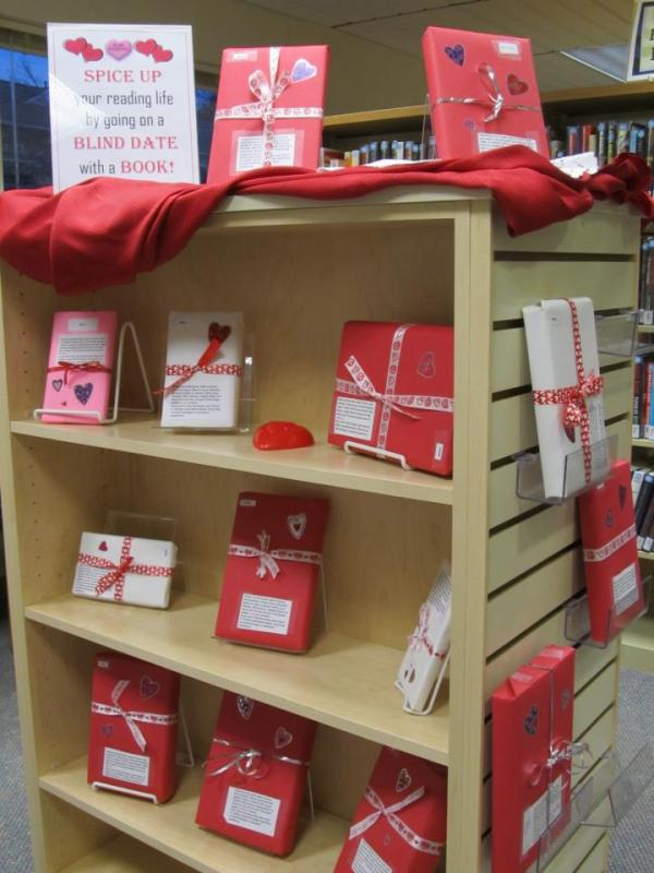 valentine book display
