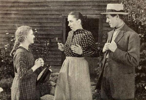 Anne_of_Green_Gables_(1919)_-_3