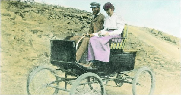 Driving_to_top_of_Mt_Washington_1899