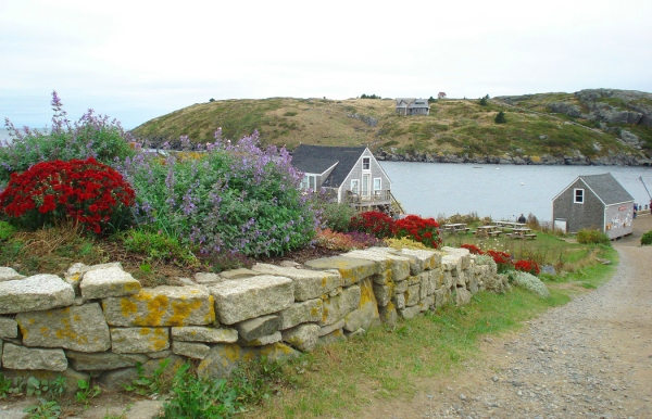 monhegan-road