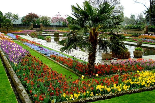 geokensington-fountain-flowers-copy